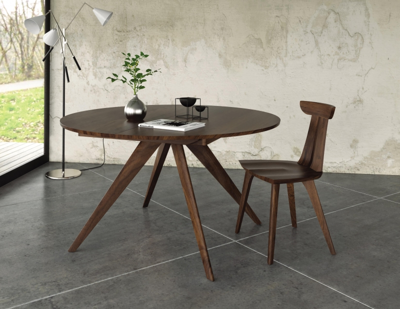 Catalina Table with Estelle Chair