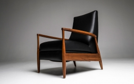 Aston Re-Invented Recliner in Bison Black Leather