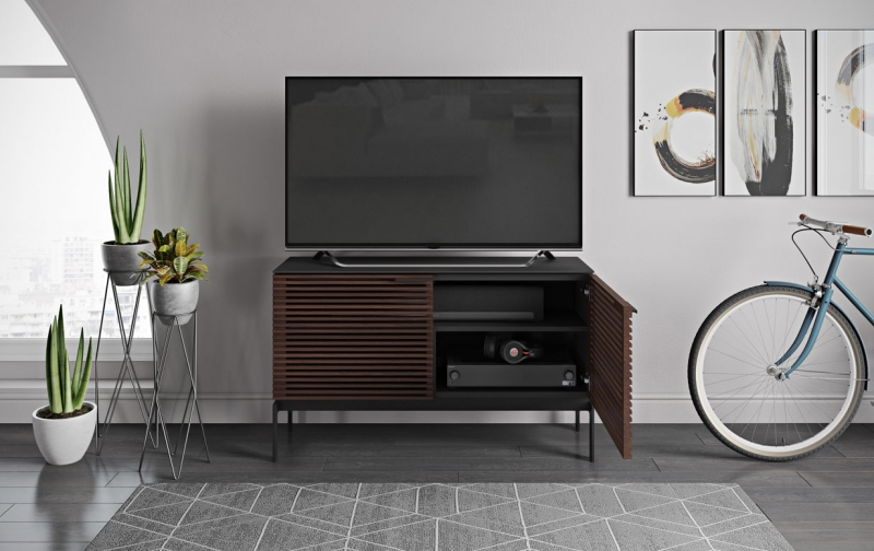 Corridor SV 7128 Chocolate Stained Walnut 2 Dr Console